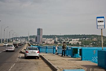 Стоянка возле мостов ближе 50 м