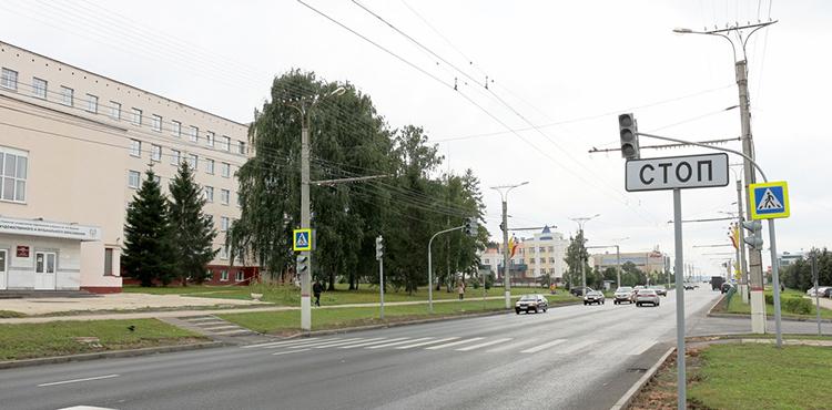 обозначение пешеходного перехода