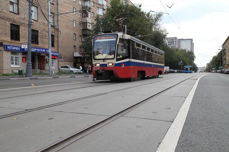 движение трамвая