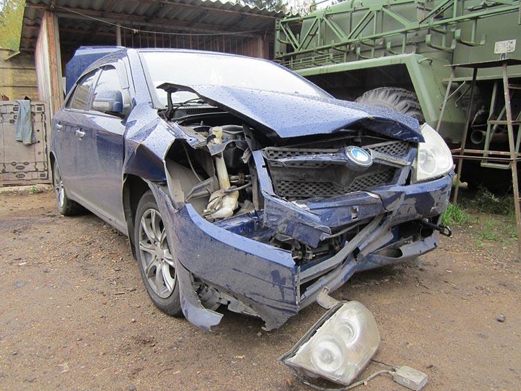 автомобиль разбит