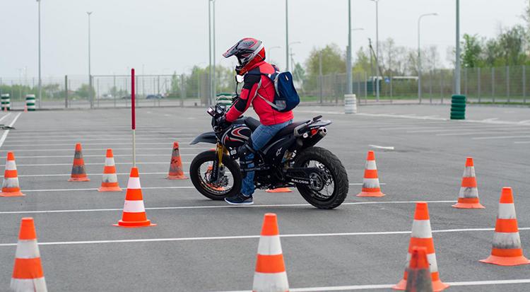 мотоцикл - атводром